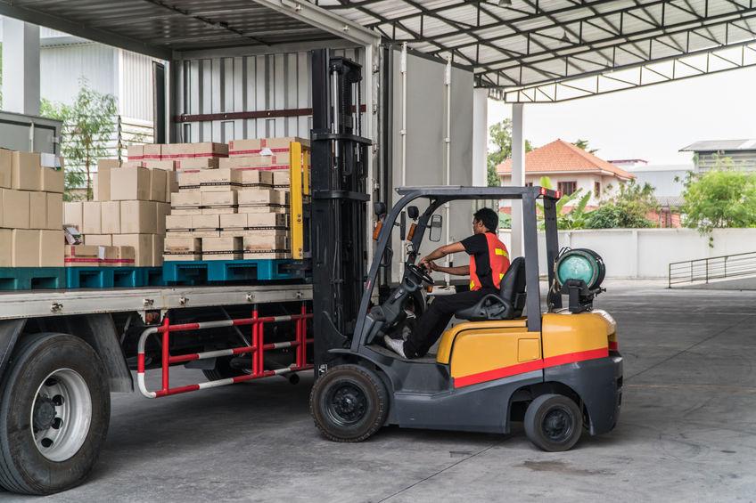 centre-logistique-distribution-société